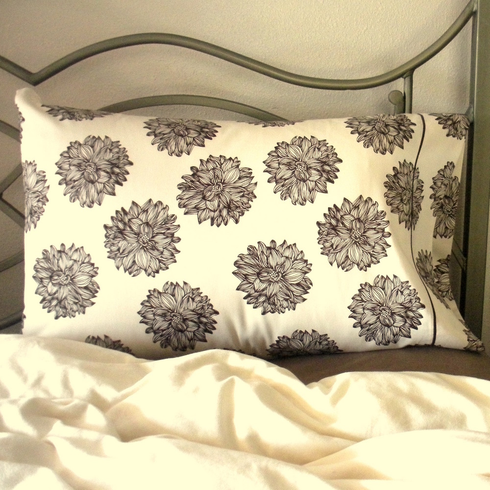 Organic Pillowcase-Evelyn