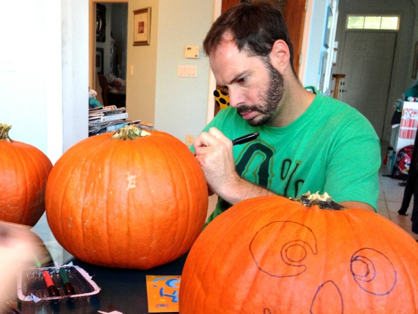 Pumpkin Decorating with Markers 3