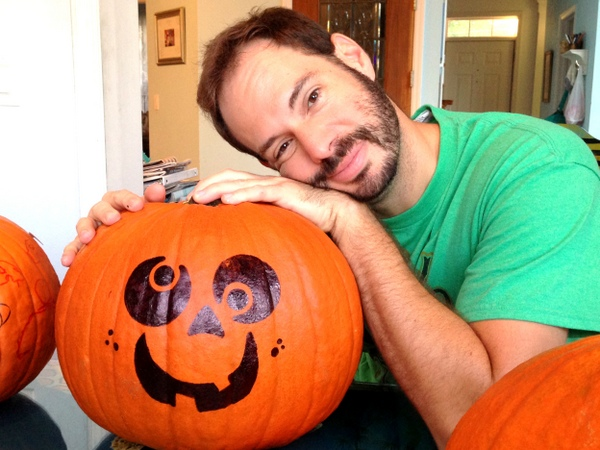 Pumpkin Decorating with Markers 6